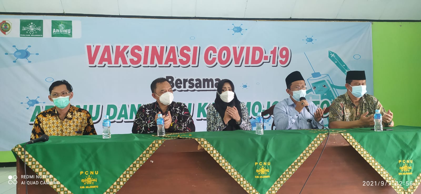 PCNU Kabupaten Mojokerto Bekerjasama dengan ARSINU Gelar Vaksinasi 1000 Dosis Untuk Para Santri